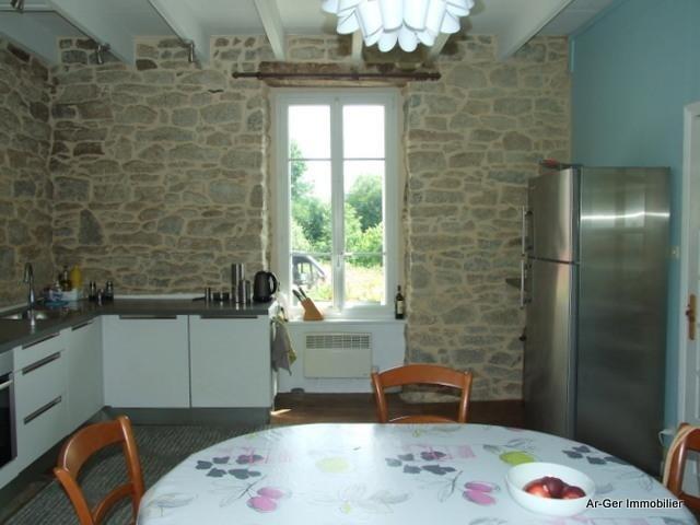 Sale house / villa Locmaria berrien 139100€ - Picture 7