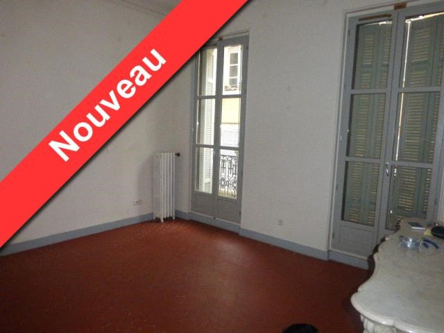 Location appartement Aix en provence 1 253€ CC - Photo 1