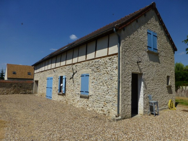 Location maison / villa Blaru 1100€ CC - Photo 1