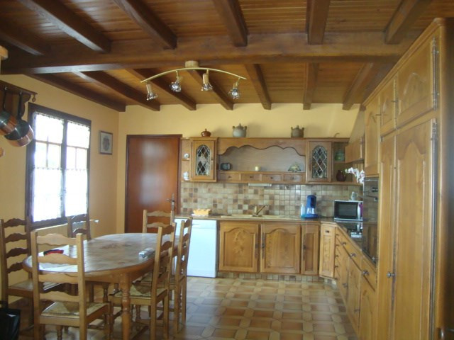 Sale house / villa Loulay 259 700€ - Picture 4