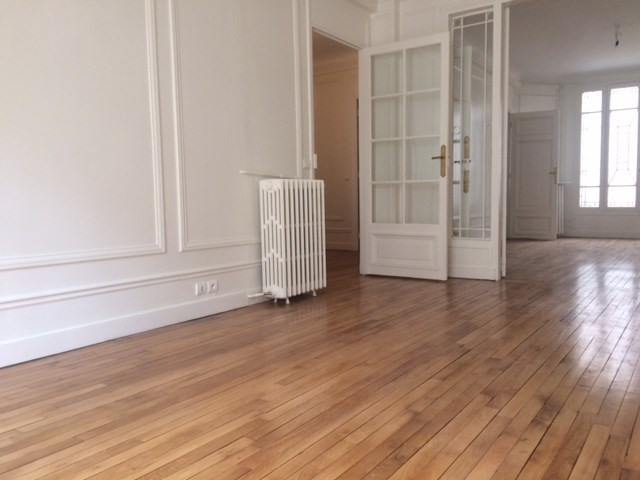 Rental apartment Paris 7ème 4 065€ CC - Picture 3