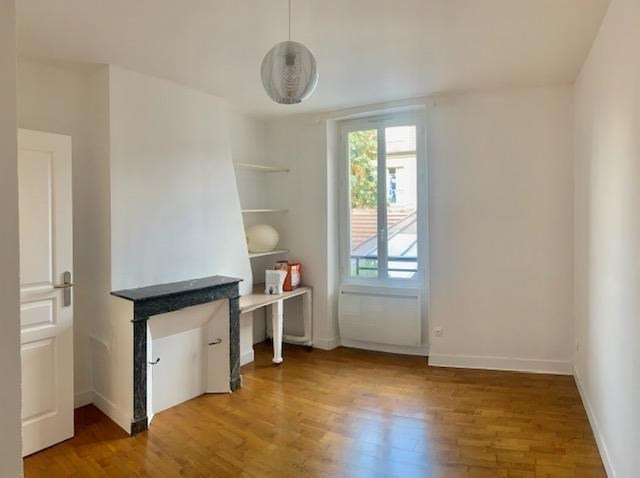Location appartement Fontainebleau 690€ CC - Photo 4