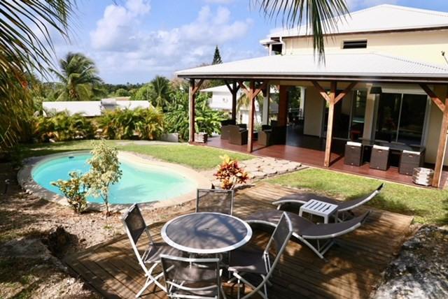 Location maison / villa Saint francois 1850€ CC - Photo 1
