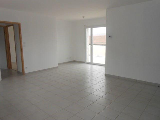 Verhuren  appartement Roche-la-moliere 572€ CC - Foto 2