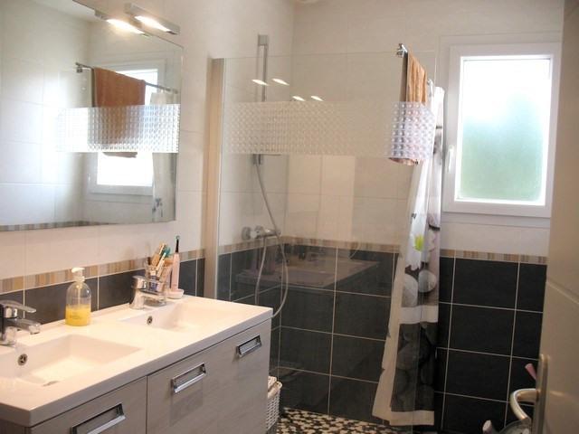 Vente maison / villa Etaules 196500€ - Photo 5