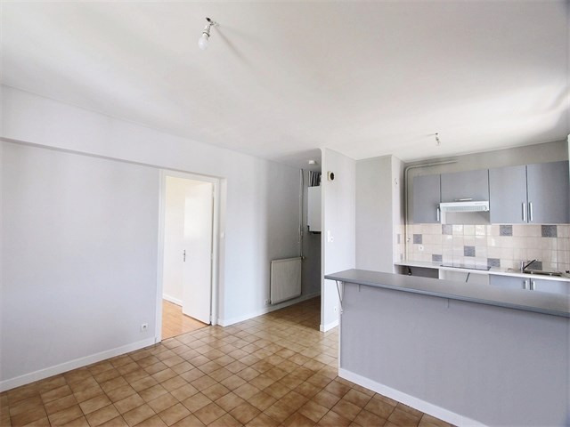 Rental apartment Annecy 610€ CC - Picture 2