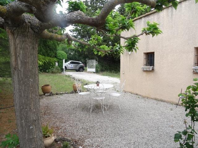 Sale house / villa Trets 315000€ - Picture 1