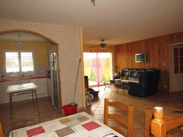 Vente maison / villa Loulay 153 750€ - Photo 5