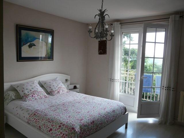 Revenda casa Saint-genest-lerpt 420000€ - Fotografia 4