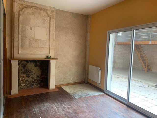 Rental apartment Niort 365€ CC - Picture 2