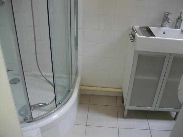 Location appartement Bron 442€ CC - Photo 5