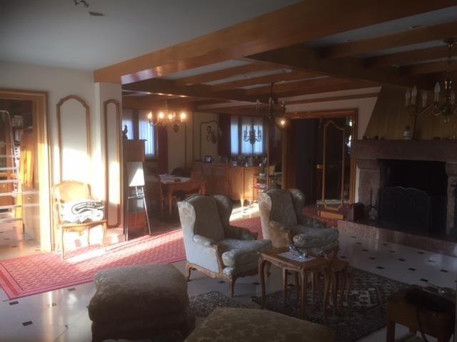 Sale house / villa Montfort l amaury 644800€ - Picture 8
