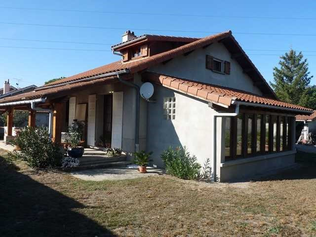 Vendita casa Feurs 250000€ - Fotografia 1
