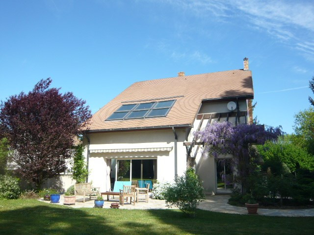 Sale house / villa Etiolles 719000€ - Picture 1