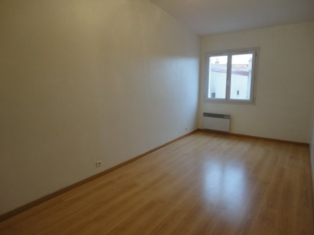 Location appartement Orsay 810€ CC - Photo 3