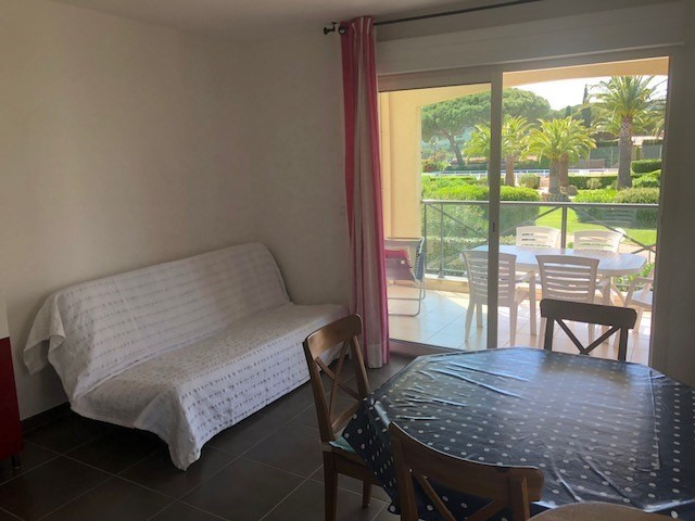 Vacation rental apartment Les issambres 825€ - Picture 3