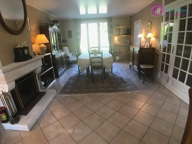 Sale house / villa Lesigny 400 000€ - Picture 4