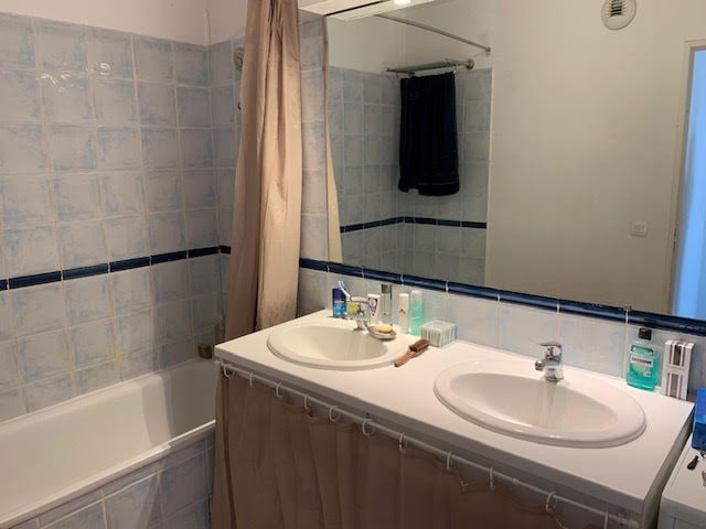 Location appartement Aix en provence 1075€ CC - Photo 8