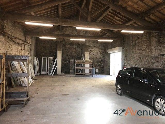 Vente local commercial Saint-genest-lerpt 210000€ HT - Photo 3