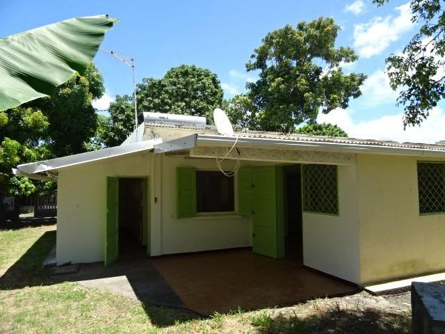 Vente maison / villa Ste suzanne 176000€ - Photo 2