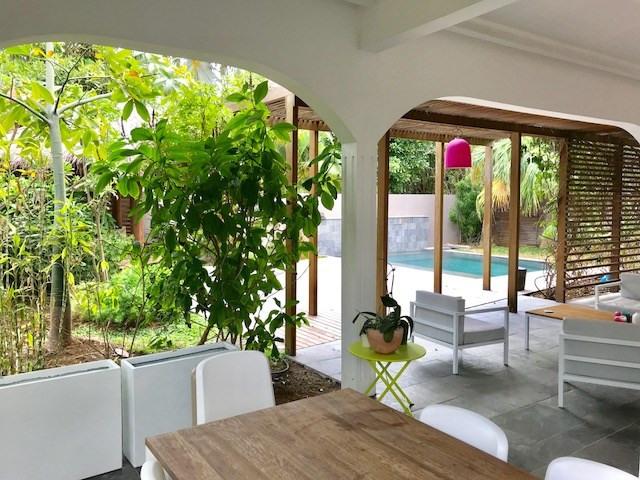 Vente de prestige maison / villa L'ermitage les bains 910000€ - Photo 2