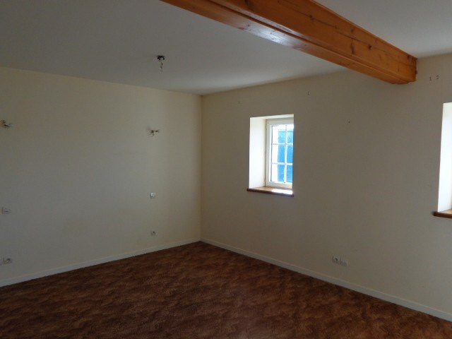 Location maison / villa Liesville sur douve 537€ CC - Photo 8