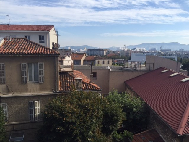 Location appartement Marseille 6ème 678€ CC - Photo 1