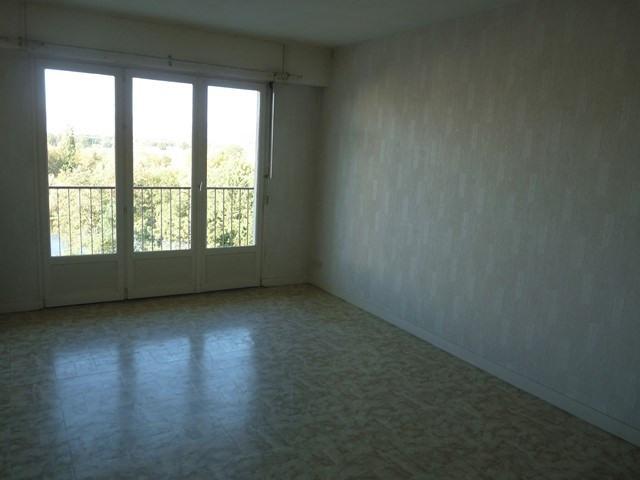 Sale apartment Montrond-les-bains 128000€ - Picture 2