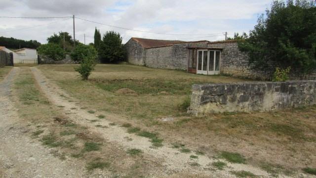 Vente maison / villa Saint-jean-d'angély 148500€ - Photo 2