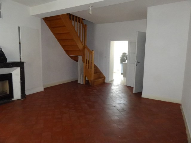 Location maison / villa Ferrieres en gatinais 530€ CC - Photo 1