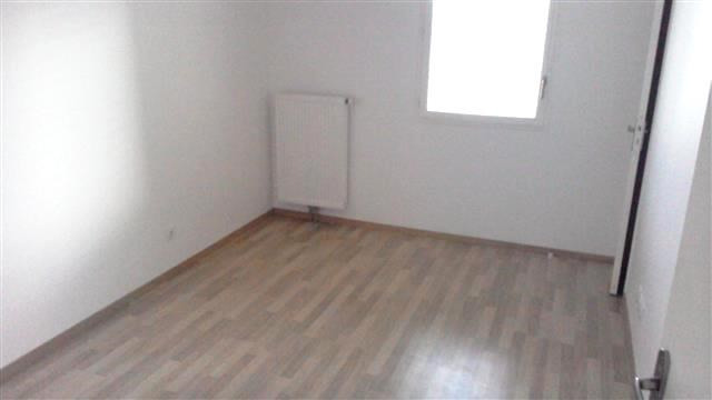 Location appartement Anse 780€ CC - Photo 3