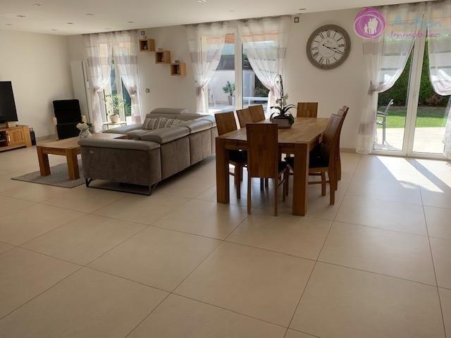 Sale house / villa Lesigny 570000€ - Picture 4