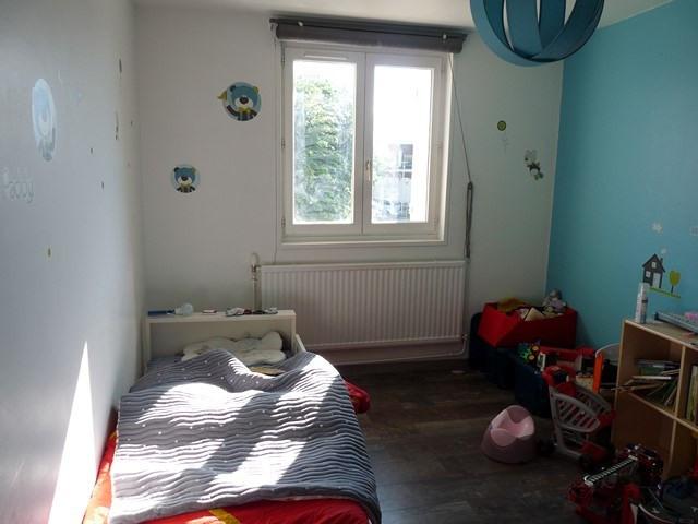 Verkoop  huis Chalain-le-comtal 179000€ - Foto 6