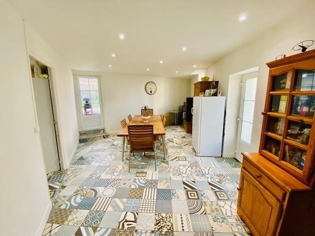 Investment property house / villa St laurent de condel 232000€ - Picture 4
