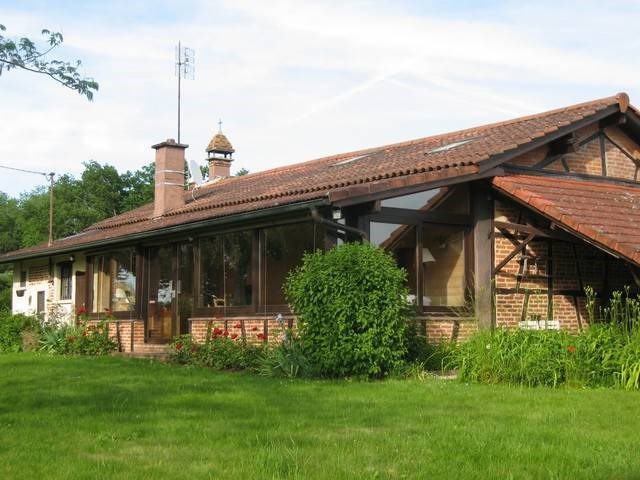 Deluxe sale house / villa Louhans 15 minutes 397000€ - Picture 1