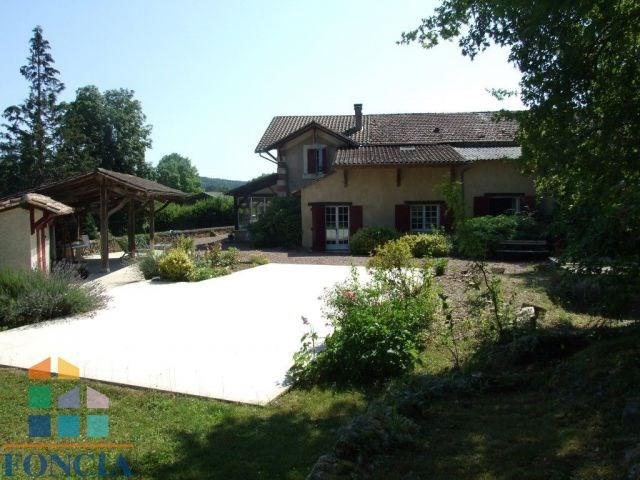 Maison en pierre sur 5098 m²