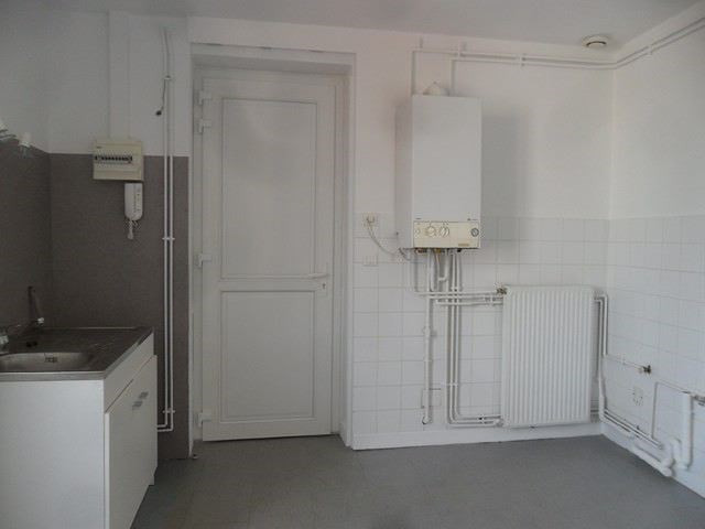 Location appartement Montrond-les-bains 426€ CC - Photo 8