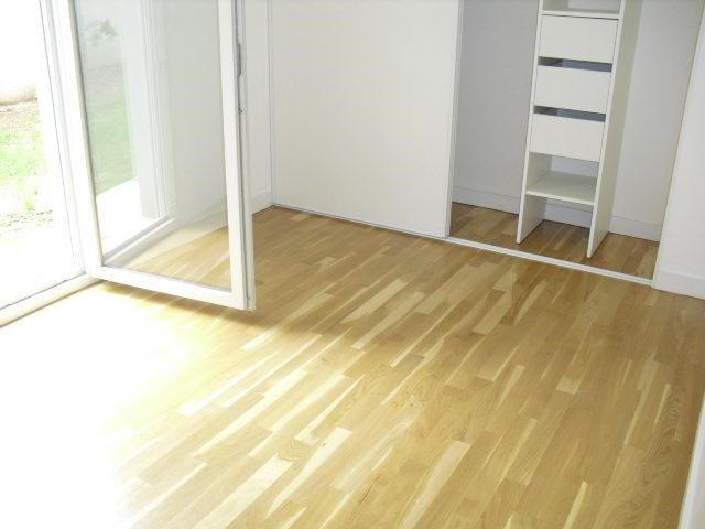 Rental apartment Lyon 8ème 836€ CC - Picture 1