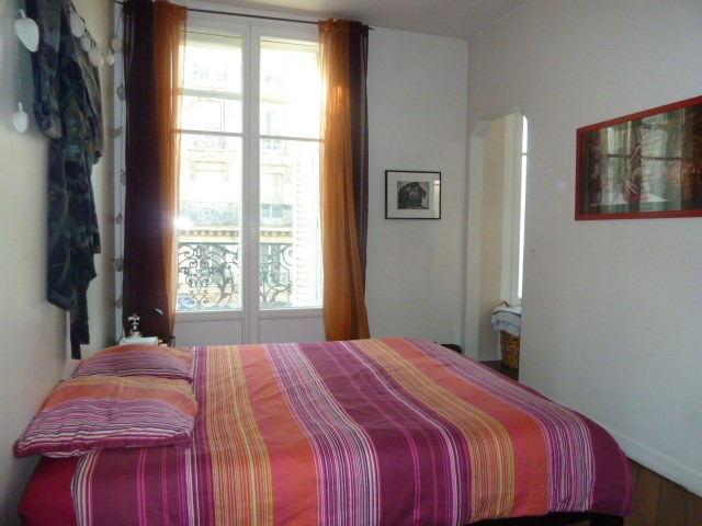 Sale apartment Paris 10ème 930 000€ - Picture 7