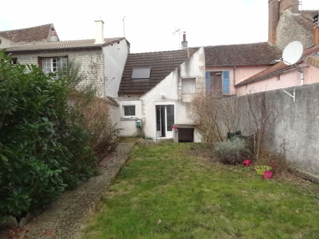 Location maison / villa Ferrieres en gatinais 530€ CC - Photo 11