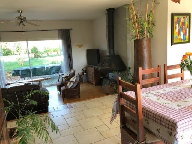 Vente maison / villa Bignoux 305000€ - Photo 2