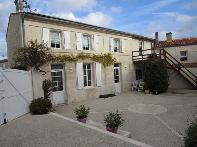 Vente maison / villa Saint-savinien 290 125€ - Photo 1