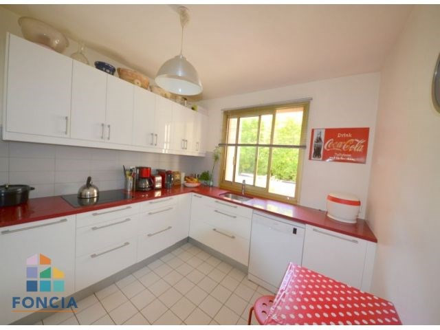 Sale apartment Suresnes 748000€ - Picture 4