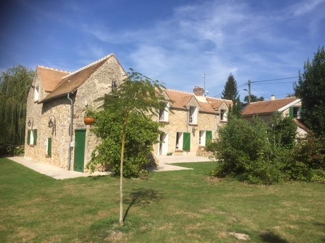 Deluxe sale house / villa Montfort l amaury 645000€ - Picture 2