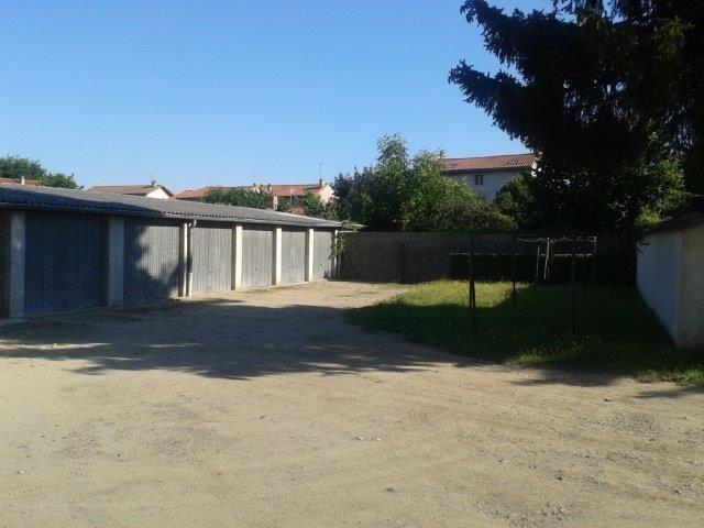 Sale apartment Sury-le-comtal 68000€ - Picture 2