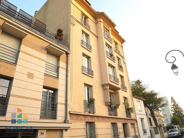 Location appartement Saint-cloud 1 042€ CC - Photo 1