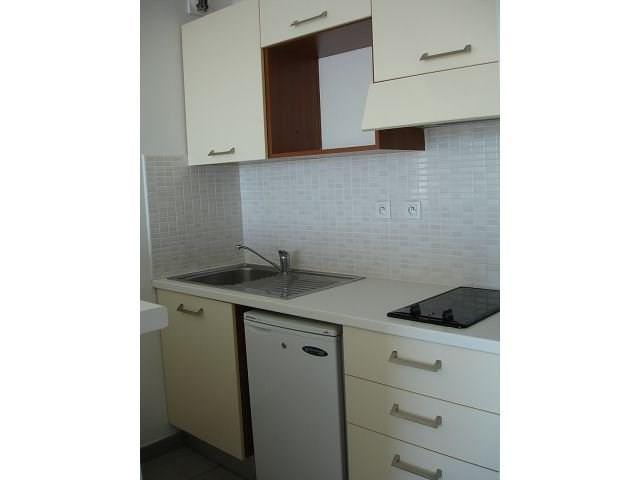 Location appartement Ste clotilde 586€ CC - Photo 6