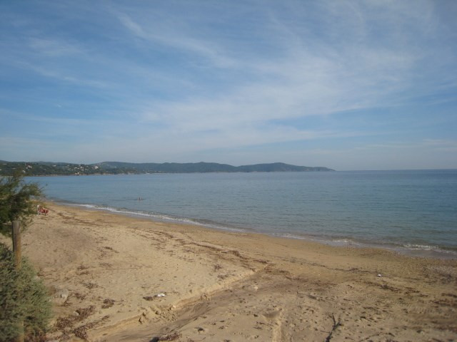 Vacation rental house / villa Cavalaire 2 800€ - Picture 6