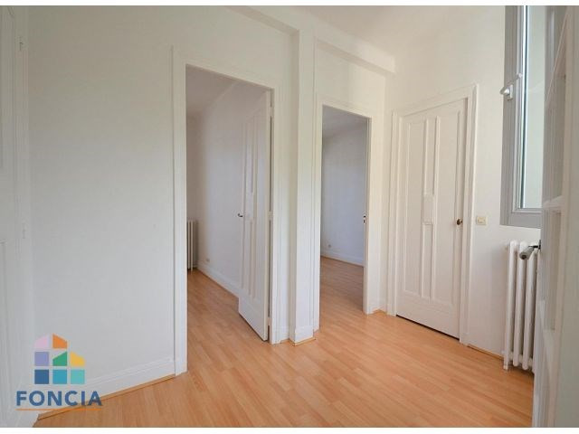 Location maison / villa Suresnes 2 500€ CC - Photo 16