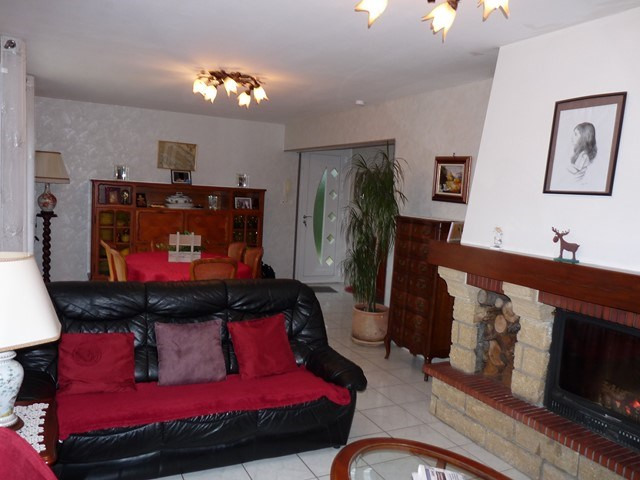 Vente maison / villa Montverdun 239000€ - Photo 5